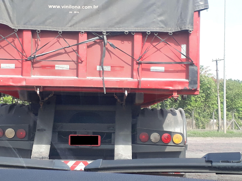 6166ac31a6eb7_LalisD_truck